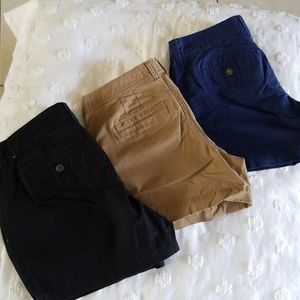"""Lot of 3 Old Navy 5"""" Perfect Shorts"""